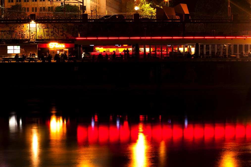 Flex Wien Donaukanal
